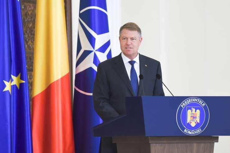 Preşedintele Klaus Iohannis ţine în şah Guvernul (Sursa foto: presidency.ro)