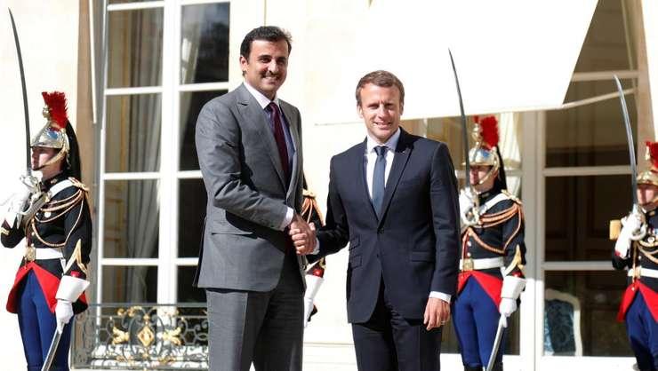 Presedintele Emmanuel Macron l-a primit pe 15 septembrie la Palatul Elysée pe emirul Qatarului - Tamin ben Hamad al-Thani cu ocazia vizitei sale în Europa