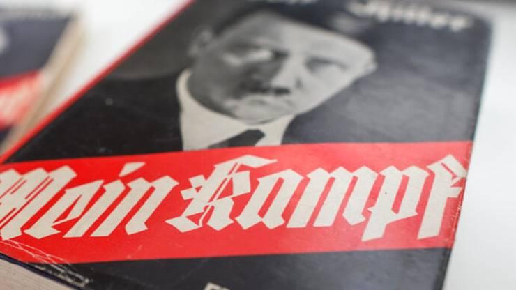 Prima editie franceza a «Mein Kampf» a aparut sub titlul «Mon combat», în 1934, la Nouvelles Editions latines.