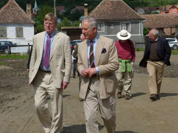 Prinţul Charles face o vizită privată în România.