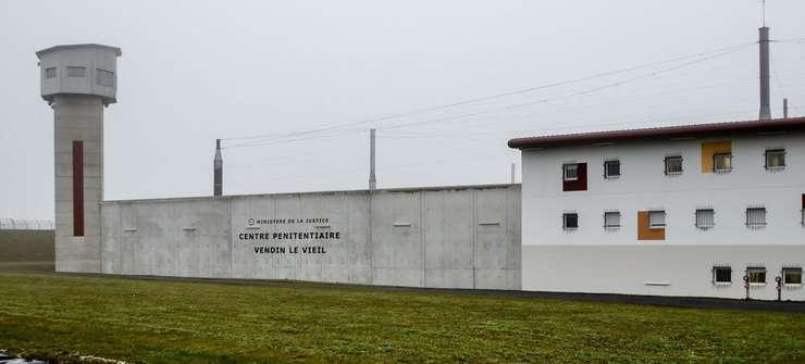 Inchisoarea de la Vendin-le-Vieil unde este încarcerat jihadistul Salah Abdeslam pe perioada procesului sàu din Belgia