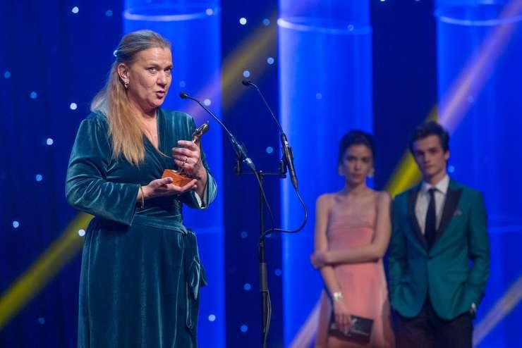 Ada Solomon: Mie nu mi s-a părut nepotrivit momentul cu manele de la premiile Gopo (Sursa foto: Facebook/Ada Solomon)