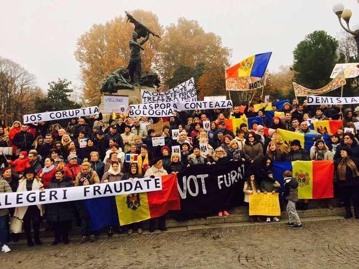 Protest organizat de diaspora moldoveană din Bologna (Italia)