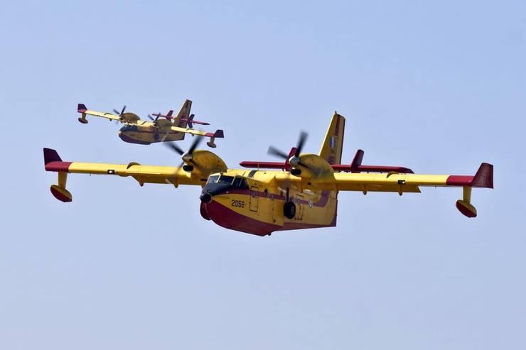 Protectia Civila din Italia a cerut ajutor european pentru a putea face fata puternicelor incendii ce au creat deja pagube importante în vestul insulei Sardinia, 26 iulie 2021.