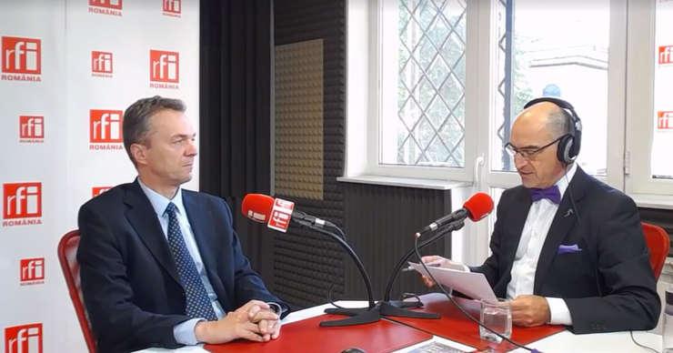 Radu CRĂCIUN şi Sergiu COSTACHE