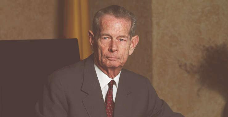 Regele Mihai, omagiat într-o şedinţă solemnă a Parlamentului