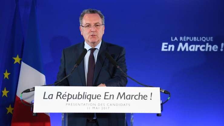 """Richard Ferrand, secretarul general al miscàrii """"La République en marche"""" a lui Emmanuel Macron, prezintà lista de candidati pentru legislative pe 11 mai 2017"""