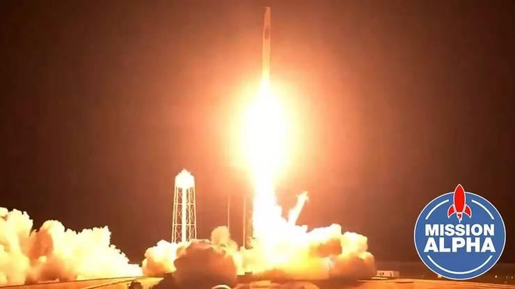 Racheta Falcon 9 cu 4 astronauti la bord printre care francezul Thomas Pesquet, decoleazà de la Cap Canaveral cu destinatia ISS, 23 aprilie 2021.