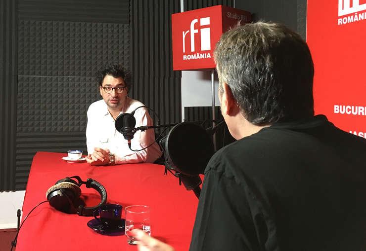 Sever Voinescu și Nicolas Don in studioul de inregistrari RFI Romania