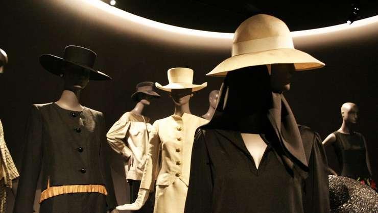Prima colectie de modà Yves Saint-Laurent din 1962