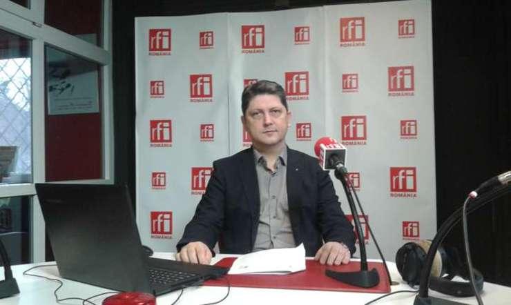 Titus Corlăţean, în studioul RFI (Foto: arhivă RFI/Şerban Georgescu)