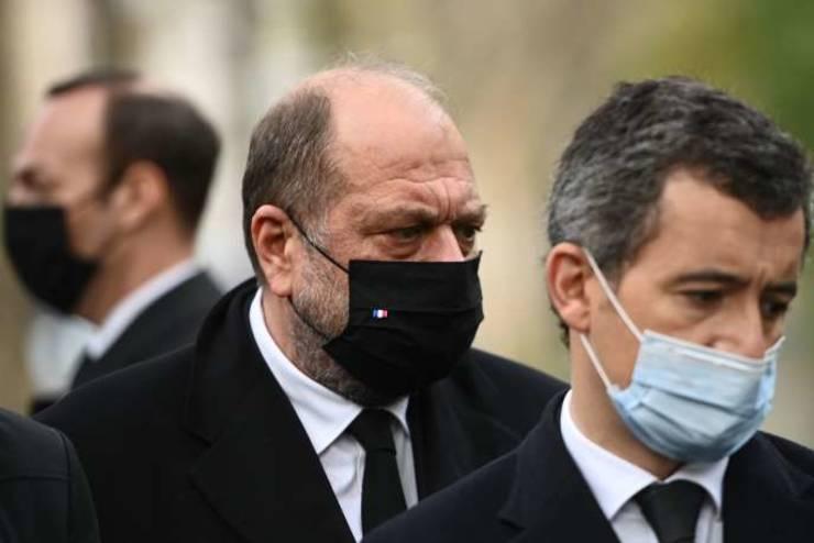 Gérald Darmanin si Eric Dupond-Moretti, ministri de Interne, respectiv ai Justitiei, au apàrat împreunà noul proiect de lege în paginile ziarului Le Figaro.