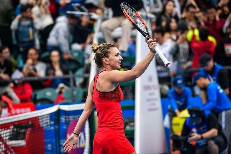 Simona Halep, la turneul de la Shenzhen (Foto: AFP)
