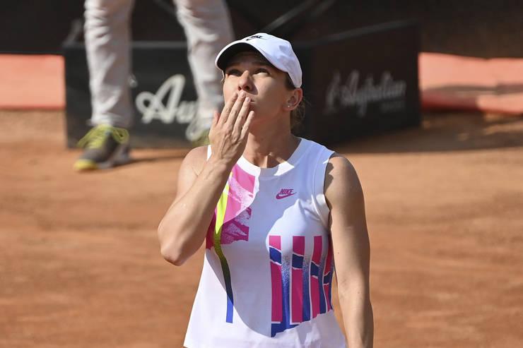 Simona Halep, mai aproape de trofeul de la Roma (Sursa: AP/Mediafax Foto/Alfredo Falcone/LaPresse)