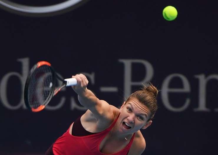 Simona Halep, la turneul de tenis de la Beijing (Foto: AFP/Greg Baker)