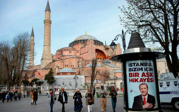 In plinà campanie electoralà, presedintele Turciei Recep Tayyip Erdogan relanseazà polemicà despre transformarea Sfintei Sofia în moschee