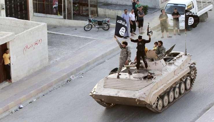 Militanţi ai Statului Islamic (Foto: Reuters/arhivă)