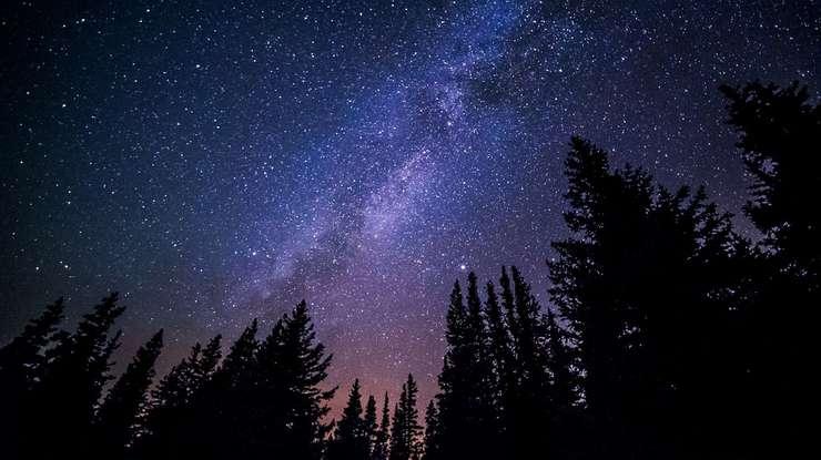 O treime din locuitorii Terrei sunt văduviți de spectacolul celest din cauza poluării luminoase.