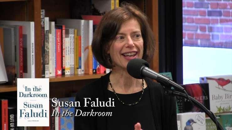 Susan Faludi este scriitoare și jurnalistă americană, laureată a Premiului Pulitzer în 1991