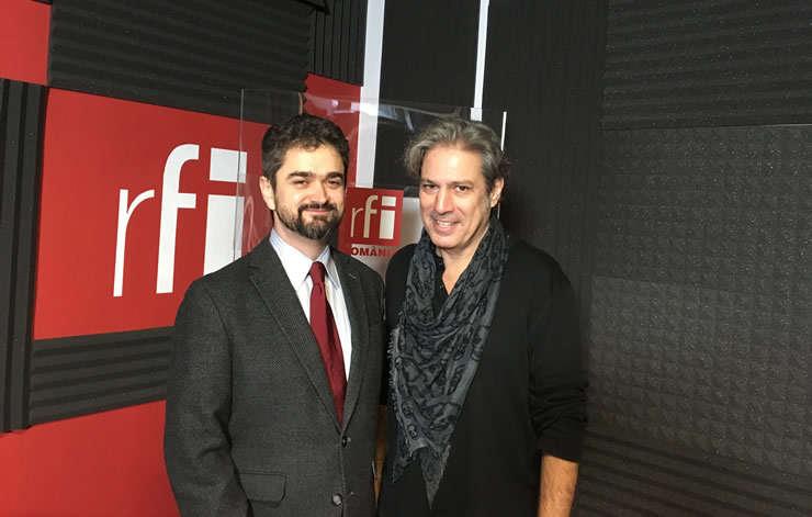 Theodor Paleologu și Nicolas Don in studioul de inregistrari RFI Romania