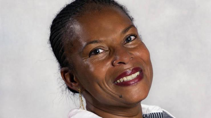 Deputata de Guyana francezà Christiane Taubira a fost una dintre cele mai aprige apàràtoare - dar nu singura - a legii care avea sà declare sclavia drept crimà contra umanitàtii.
