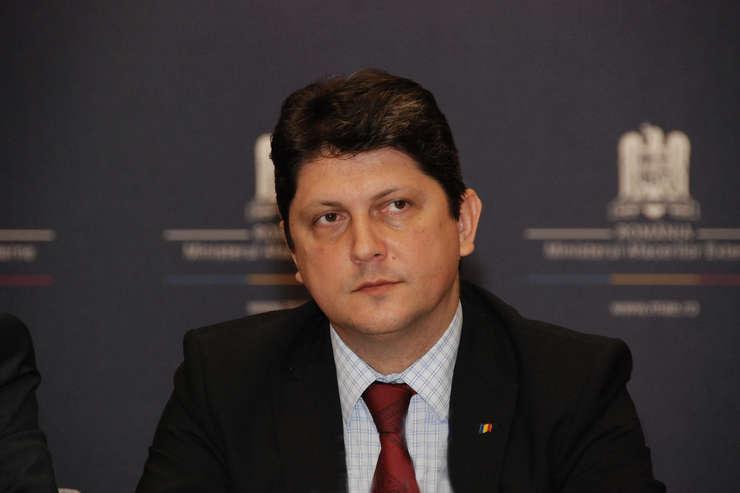 Fostul ministru de Externe, Titus Corlăţean, senator PSD, membru în Comisia de Politică Externă