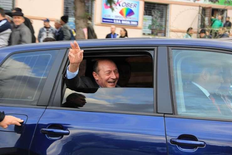 Traian Băsescu a colaborat cu Securitatea, a stabilit Curtea de Apel București (Sursa foto: Facebook/Traian Băsescu)