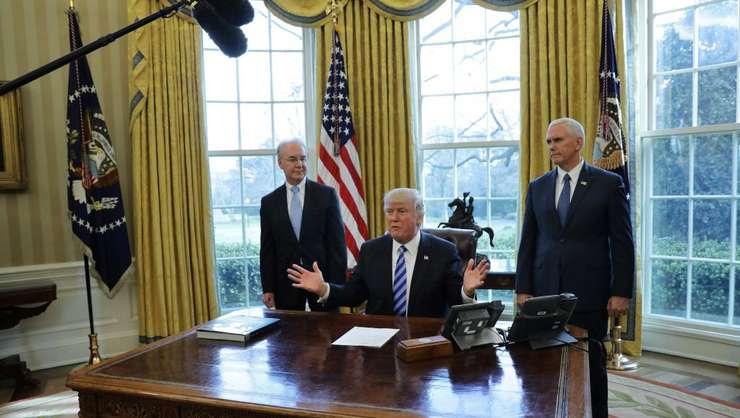 Presedintele american Donald Trump pe 24 martie 2017, la Casa albà