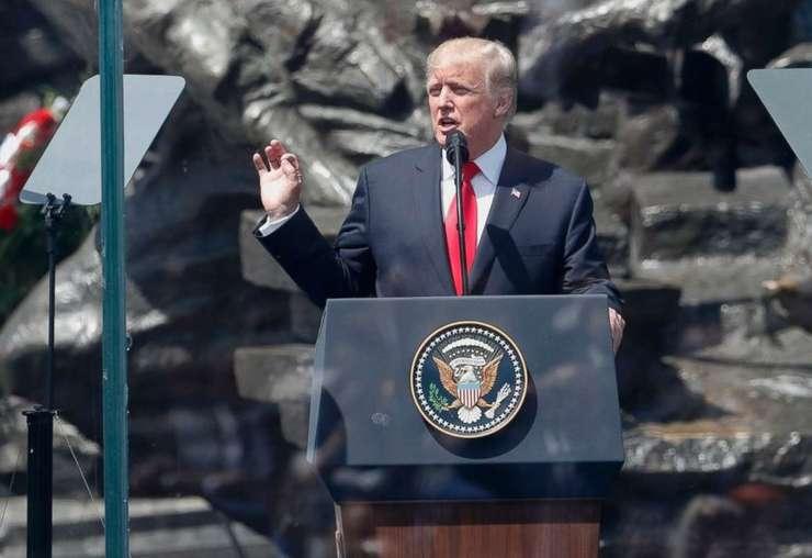 Preşedintele american Donald Trump și-a reafirmat angajamentul față de articolul 5 al Tratatului NATO