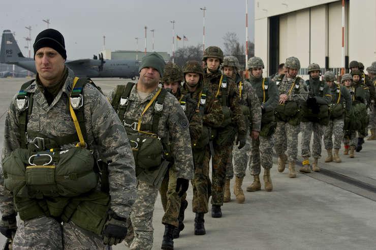 Trupele americane sunt prezente în Germania de la cel de-Al Doilea Război Mondial