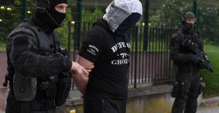 Un apropiat al autorului atacului cu un cutit din 12 mai din Paris a fost interpelat la Strasbourg