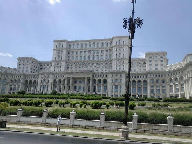 USR vrea modificarea legilor electorale (Sursa foto: RFI/Cosmin Ruscior)