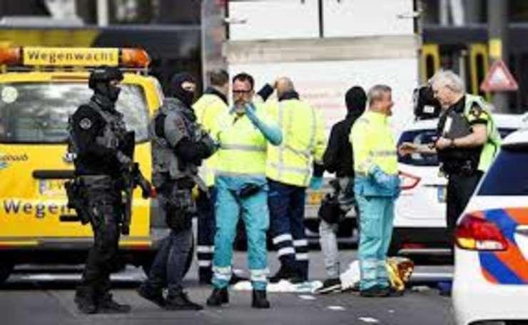 Atac armat în oraşul olandez Utrecht. Cel putin 3 persoane si-au pierdut viata dupa ce un bărbat a deschis focul într-un tramvai