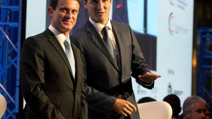 Premierii francez si canadian, Manuel Valls si Justin Trudeau, pe 13 octombrie 2016 la Montréal