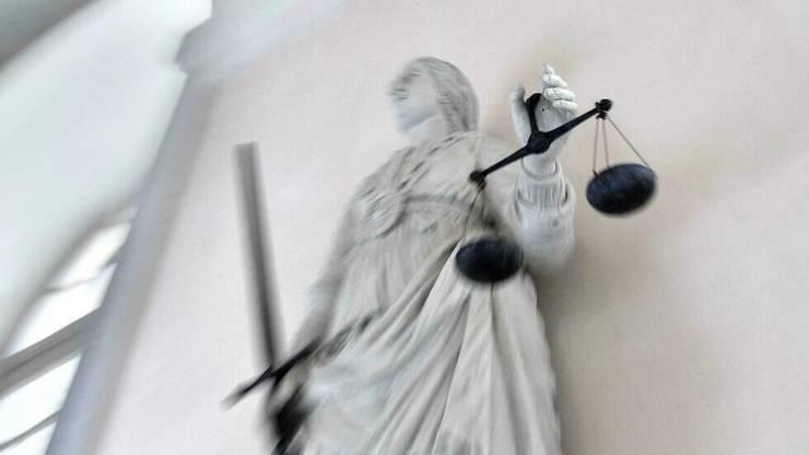 Fondatorul unui grupuscul de extremà dreaptà din Franta a fost condamnat la 9 ani închisoare.