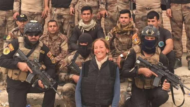 Véronique Robert era specializată în câmpuri de luptă și a acoperit numeroase conflicte în Orientul Mijlociu şi mai ales în Irak