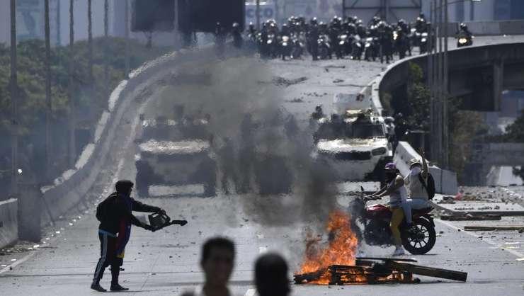 Violențe la Caracas, 1 mai 2019 (Foto: AFP/Federico Parra)