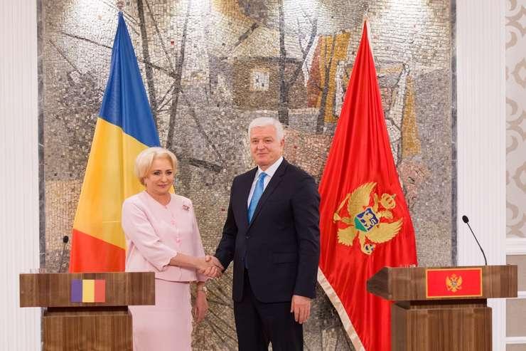 Premierul Viorica Dăncilă și omologul său muntenegrean, Duško Marković (Sursa foto: gov.ro)