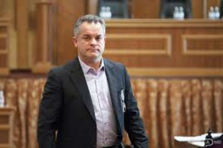 Nominalizarea lui V.Plahotniuc la sefia guvernului moldovean, respinsa de presedintele Timofti