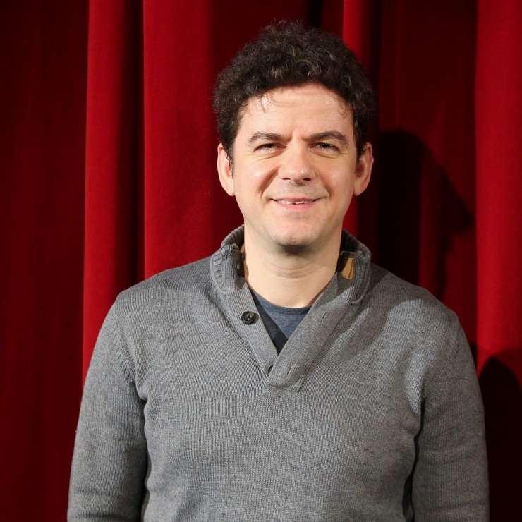 "Vlad Zamfirescu, actor și regizor în piesa ""Efecte colaterale"""