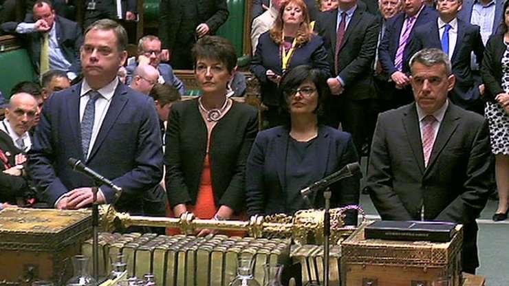 Camera Comunelor a votat în favoarea textului propus de guvern
