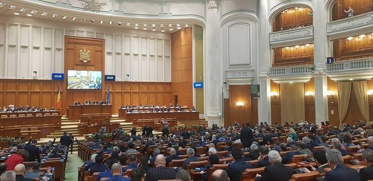 Doar patru ministri ai cabinetului Orban doi au trecut de audierile din comisiile de specialitate (Sursa foto: Facebook/Camera Deputaților)