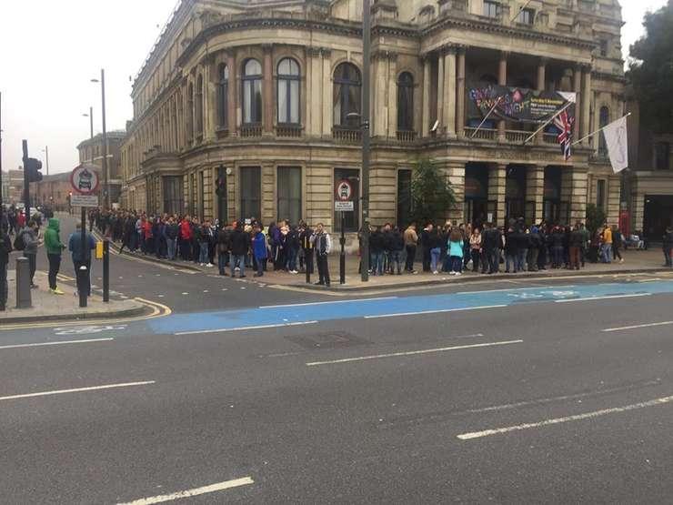 Coadă la votare la Stratford în estul Londrei