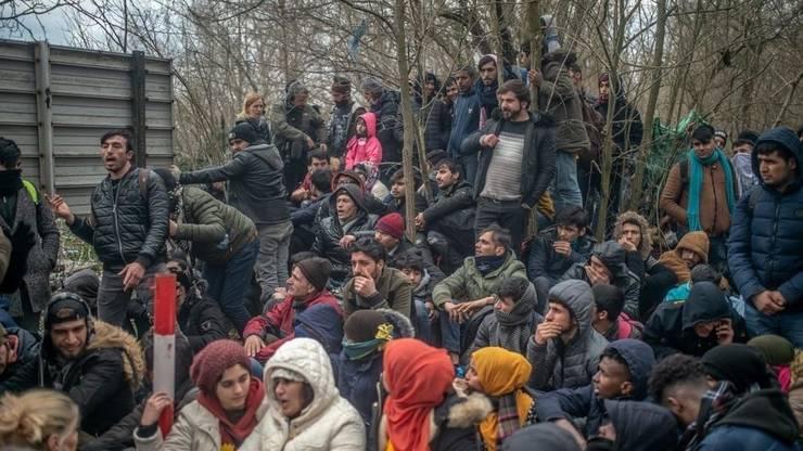 Migranţi masaţi la frontiera cu Grecia, 29 februarie 2020