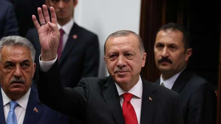 Zeci de mii de functionari turci au fost concediati în urma puciului ratat din iulie 2016 contra presedintelui Recep Tayyip Erdogan