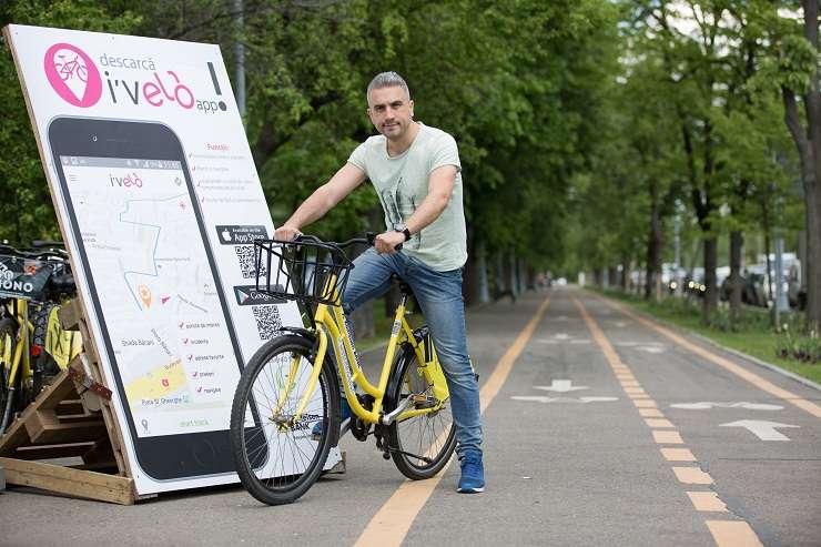 """Zoli Toth în campania """"Pedalează și donează cu I'Velo - KM acumulați = biciclete donate"""""""