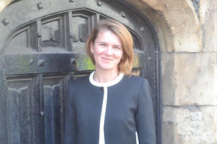 Aura Woodward