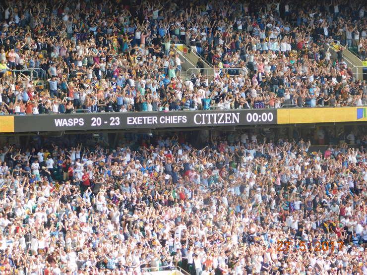 Scorul final pe tabela de marcaj pe Stadionul Twickenham