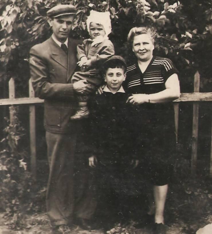Familia Goligorsky în Siberia, 1956