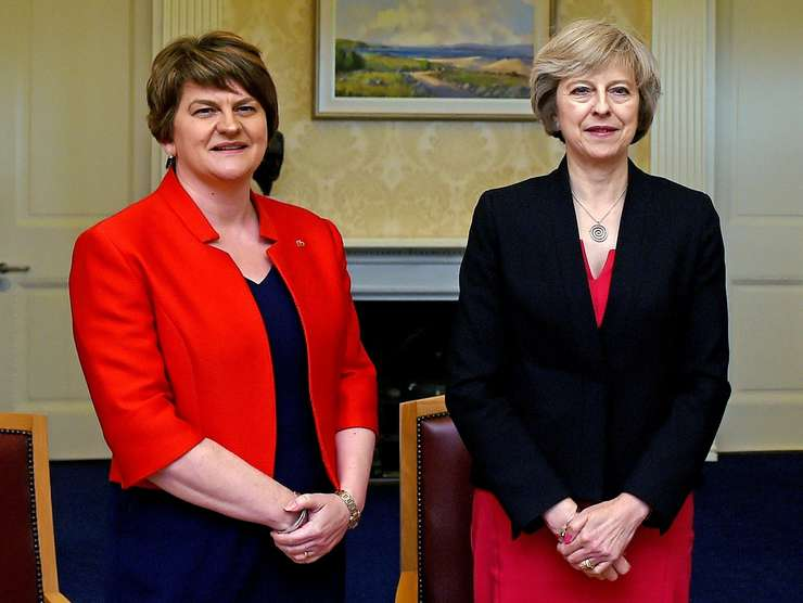 Arlene Foster și Theresa May